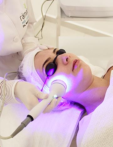 Fototerapia e Peeling Ultrassônico – 08/08/2019